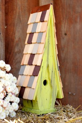 Heartwood High Cotton - Limey Yellow with Multi Colored Roof 181E