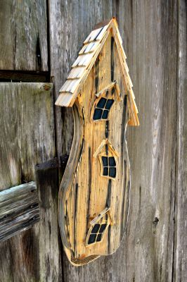 Heartwood Batty Shack - Natural 230A