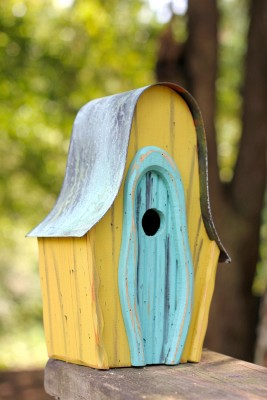 Heartwood LanceLoft Bird House - Yellow/Turquoise Door 236A